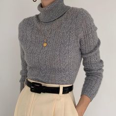 Stunning ash gray turtleneck in pure cashmere. On the dreamiest, cloud -… - vintage outfits Fashion 2020, Look Fashion, Korean Fashion, Winter Fashion, Fashion Outfits, Fashion Art, Fashion Shoes, Mens Fashion, Fall Outfits