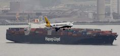 "ShippingGib: HapagLloydAG container ship ""Berlin Express"" ...a ""bird"" got in the way! - Ships In Pictures ⚓️ (@ShipsInPics) | Twitter"