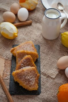 La asaltante de dulces: Recetas de torrijas de bizcocho/ Torrijas made with sponge cake recipe