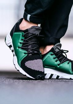 Adidas Consortium Equipment 1/3 F15 OG (via Kicks-daily.com)