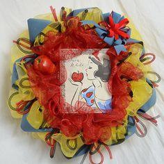 Snow White Wreath Disney-themed wreath Poison Apple Wreath