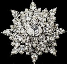 2 tiered brooch