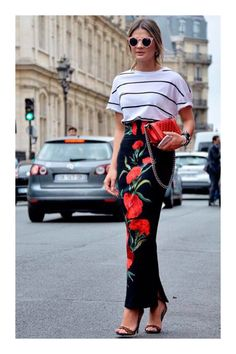 Every fashion week, the fashion lovers must always wait for street style photos of the fashionista who attended the series of fashion shows. From phot. Look Fashion, Fashion Outfits, Womens Fashion, Fashion Trends, Paris Fashion, Look Street Style, Mode Chic, Dress To Impress, Spring Outfits