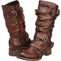 I like these boots but don't know if i'd look weird in them. I wish there was a shoe model photo.