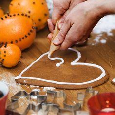 Lebkuchenherz selber machen: So einfach geht's | BRIGITTE.de