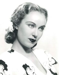 The daily dose of Fay Wray for Old Hollywood Stars, Golden Age Of Hollywood, Vintage Hollywood, Hollywood Glamour, Classic Hollywood, Erich Von Stroheim, Fay Wray, Ann Sheridan, Julie Christie