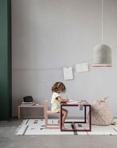 Bureau enfant design Ferm living via Nat et nature