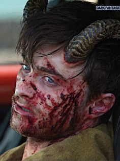 daniel-radcliffe-looks-bloody-frightening-in-new-horns-photos3