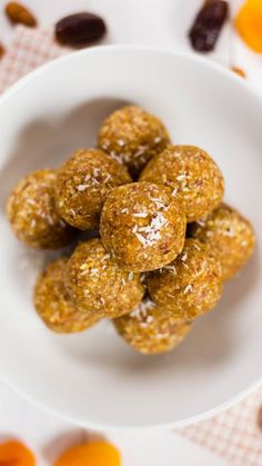 Apricot Energy Balls - - Sweet apricots taste better in energy ball form. Dog Recipes, Raw Food Recipes, Easy Dinner Recipes, Easy Meals, Healthy Recipes, Healthy Cooking, Breakfast Recipes, Snack Recipes, Cooking Recipes