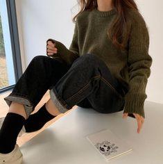 Ulzzang Girl Fashion, Look Fashion, Fashion Outfits, Fashion Pants, Fashion 2020, Fashion Men, Korean Fashion Winter, Korean Street Fashion, Fashion Trends