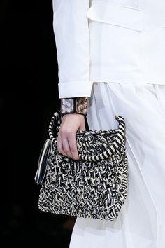 love this purse!!