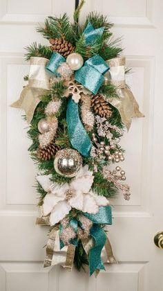 Turquoise Christmas, Blue Christmas Decor, Gold Christmas Decorations, Snowflake Decorations, Christmas Swags, Christmas Mantels, Silver Christmas, Christmas Snowflakes, Personalized Christmas Ornaments