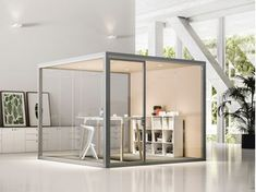 Flexibility increases employee engagement, and Fantoni emphasizes this with privacy cubes and multifunctional furniture that responds to how we work. Deco Spa, Office Pods, Espace Design, Industrial Office Design, Glass Office, Wall Mounted Table, Double Vitrage, Multifunctional Furniture, Workspace Design