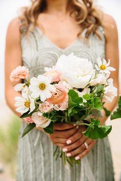 Wedding Bouquets :     Picture    Description  wedding bouquet – photo by Jenn Emerling ruffledblog.com/…    - #Bouquets https://weddinglande.com/accessories/bouquets/wedding-bouquets-wedding-bouquet-photo-by-jenn-emerling-ruffledblog-com/
