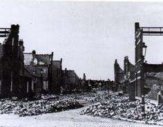 Bezuidenhout, 3 maart 1945.  500 doden, 12000 daklozen. In plaats van de Duitse raketinstallaties werd een woonwijk door de geallieerde bommen geraakt.