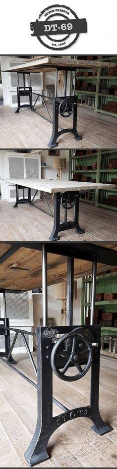 Deze stoere industriële tafel heeft een gietijzer in hoogte verstelbaar fabrieksonderstel dat in eigen werkplaats op maat gemaakt wordt. In combinatie met een mooi doorleefd tafelblad gemaakt van oud eiken wagondelen. Klik op de website voor meer foto's en info