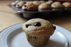 Life on Food: blueberry chocolate chip muffins