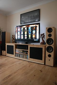 Raspberry Pi-Powered Home Theater | My raspberry-pi - Tech Week
