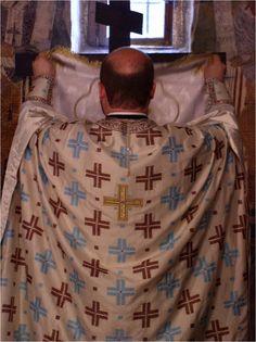 Wierzę w Boga (Credo) - machanie welonem nad Świętymi Darami