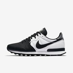 Sneakers Nike Internationalist Products Ideas For 2019 Nike Red Sneakers, Nike Tennis Shoes, Casual Sneakers, Sneakers Fashion, Sports Shoes, Comfortable Mens Dress Shoes, Nike Internationalist, Mens Boots Fashion, Sneaker Boots
