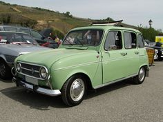 RENAULT 4 1968 1974 Cute Cars, First Car, Dream Cars, Automobile, Bike, Amazing Houses, Vehicles, 4 Life, Messages