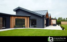 Bungalow for the disabled in Harrogate, vertical cedar cladding House Cladding, Timber Cladding, Facade House, Cladding Ideas, Wood Cladding Exterior, Black Cladding, Steel Cladding, Exterior Stairs, Small House Design