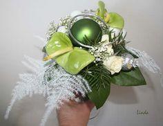 Opleiding bloemschikken of bloemsierkunst - boeketje op draad maken