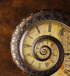 Steampunk nautilus clock - where can I get one? Old Clocks, Antique Clocks, Vintage Clocks, Retro Vintage, Time Clock, Ticks, Arabesque, Dieselpunk, Art Deco