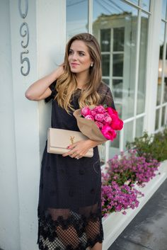 Club Monaco Party Shop - Gal Meets Glam lub Monaco Dress c/o, Louboutin Pumps, Saint Lauren Clutch Girl Meets Glam, Stylish Street Style, Cheap Club Dresses, Preppy Girl, Party Shop, Date Outfits, Mode Inspiration, Fashion Details, Couture Fashion