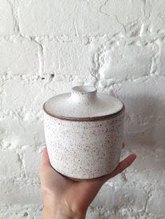 #cerámica de Julia Rennes.