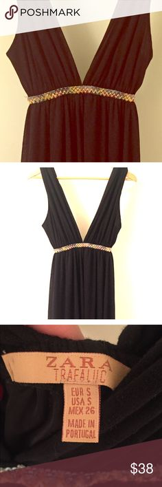 ZARA Maxi Dress Black maxi dress , skirt is lined and it has a deep neck ( I don't like showing much, so, I would pin it together ! Good used condition , sexy and classy just like anything in Zara Dresses Maxi