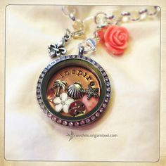 Beach theme – Inspire plate with dangles and tiny shell. One of my Origami Owl client creations! #origamiowl #livinglocket #vintage #beach #rosegold #inspire