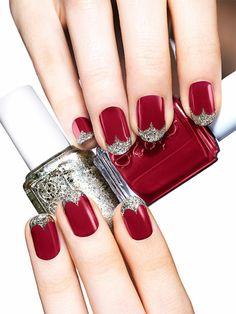 Dunkelrote Nägel mit Glitzer Spitzen, ovale Nagelform, silberner Nagellack, Idee für Weihnachtsnägel