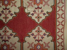 Cross Stitch Embroidery, Bohemian Rug, Crochet Patterns, Knitting, Rugs, Fabrics, Armchairs, Decor, Farmhouse Rugs