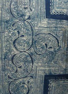 Miao batik Dress element, batik with indigo dye, Miao minority, Southern China, early cent. Tribal Patterns, Textile Patterns, Textile Art, Costume Ethnique, Chinese Fabric, Creative Textiles, Batik Pattern, Blue Pottery, China Art