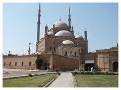 A mezquita do Alabastro do Mohamed Ali Para mais informacoes conete com http://alltoursegypt.com/brazil/package_tours/tours_em_cairo-23.html
