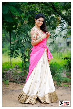 Athulya Ravi New Collection in Sarees Beautiful Girl Photo, Beautiful Girl Indian, Beautiful Women, Indian Dresses, Indian Outfits, Thinking Pose, Bhavana Actress, Indian Women Painting, Ghaghra Choli