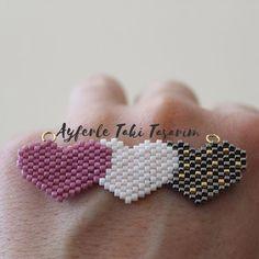 @yucalgulcan #miyuki #miyukidelica #pink #love #amor #kolye #kolyeucu #jewellery #jewellerydesign #stone #beads #trakyaüniversitesi @ayferletaki #ayferletakitasarim #lüleburgaz #jewellery #handmade # Peyote Beading Patterns, Seed Bead Patterns, Loom Beading, Seed Bead Art, Beaded Jewelry Designs, Fuse Beads, Beaded Brooch, Beading Projects, Bead Weaving