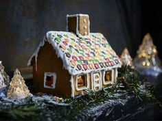 Build the gingerbread house of your dreams with friends and family! The IKEA VINTERSAGA candy collection contains kits that are easy and ready to decorate.