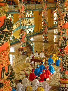 ✿ ❤ cao dai temple, vietnam                                                                                                                                                                                 Plus