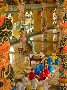Temple life in Vietnam, Cao Dai Temple at Tay Ninh