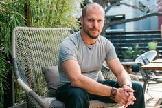 Tim Ferriss is a highly successful author, podcaster, entrepreneur and investor. He has written five New York Times bestselling books, and the success of his podcast, which recently exceeded to… Evernote, Wall Street Journal, New York Times, Gabor Mate, Slow Carb Diet, Lose 100 Pounds, Tim Ferriss, Thing 1, Work Week