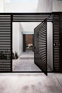 Door designs: 40 modern doors perfect for every home - Architecture Beast Tor Design, Fence Design, House Design, Entrance Design, Front Gates, Entrance Gates, Main Entrance, Design Exterior, Interior And Exterior