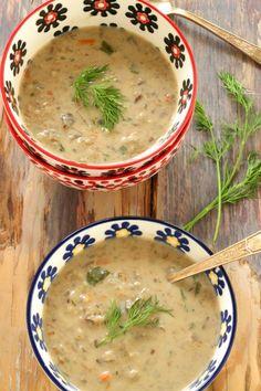 Polish Mushroom Soup with Barley – Kolay yemek Tarifleri Mushroom Barley Soup, Beef Barley Soup, Soup Recipes, Vegetarian Recipes, Cooking Recipes, Healthy Recipes, Cooking Fish, Healthy Soup, Chili Recipes