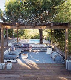 Garden Layers by GAN: infinite combinations for outdoor living