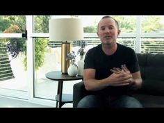 Chris Tomlin - Jesus Loves Me (Story Behind the Song) - YouTube