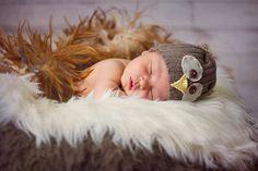 Newborn Photography Owl www.giselleevelyn.com