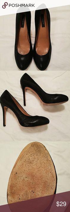 ANN TAYLOR HEELS!!! Size 9.5. Faux lizard print. Approx 4 inch heels. Slight stuffing on soles. Ann Taylor Shoes
