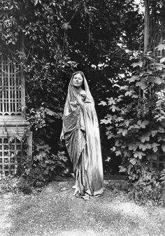 Isadora Duncan, whose work in free, interpretative movement formed the basis for modern or contemporary dance, 1919