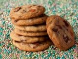 Cooking Channel serves up this Bacon Chocolate Chip Cookies recipe plus many other recipes at CookingChannelTV.com